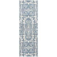 "Hand-Tufted Marianna Fields light Blue Wool ornamental Runner Area Rug (2'6"" x 8')"