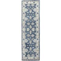 "Hand-Tufted Leone Blue Wool Traditional Motifs Runner Area Rug (2'6"" x 8') - 2'6"" x 8'"