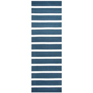 "Hand-Tufted Azzura Hill Marine Blue Stripe Runner Area Rug (2'6"" x 8')"