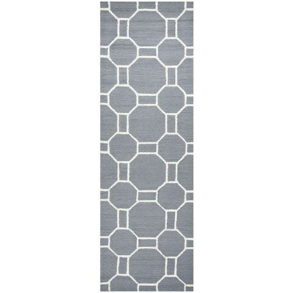 "Hand-Tufted Azzura Hill Gray Geometric Runner Area Rug (2'6"" x 8')"