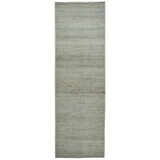 "Hand-Woven Ellington Blue Jute/Wool Chevron Runner Area Rug (2'6"" x 8')"