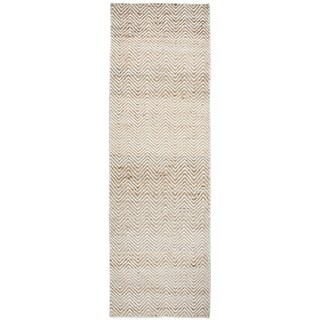 "Hand-Woven Ellington natual Jute/Wool Chevron Runner Area Rug (2'6"" x 8')"