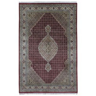 FineRugCollection Handmade Fine Mahi Tabriz Red, Ivory & Olive Oriental Rug With Silk (6'6 x 10')