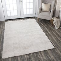 Calgary Hand-tufted Super Soft Shag Cream Solid Area Rug (7' x 10')