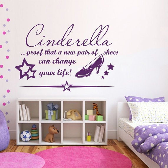 WALL ART QUOTE mom a title above queen VINYL STICKER GRAPHICS LIVING ROOM 033