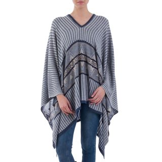Handmade Cotton Blend 'Memories Past in Blue' Poncho (Peru)