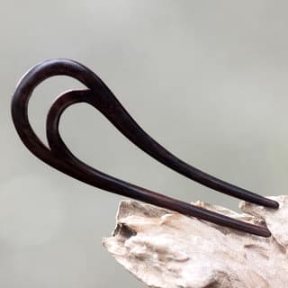 Handmade Sono Wood 'Peacock Feather' Hair Pin (Indonesia) https://ak1.ostkcdn.com/images/products/14777382/P21299612.jpg?impolicy=medium