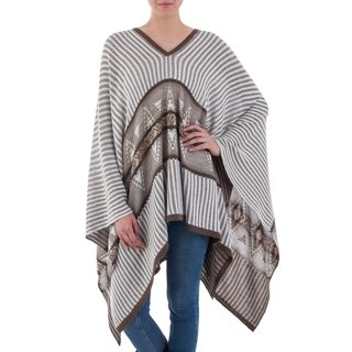 Handmade Cotton Blend 'Memories Past' Poncho (Peru)