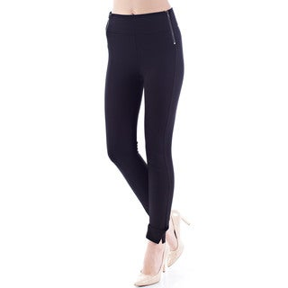 Stoosh by 26 International Women's Solid Black Skinny Trouser
