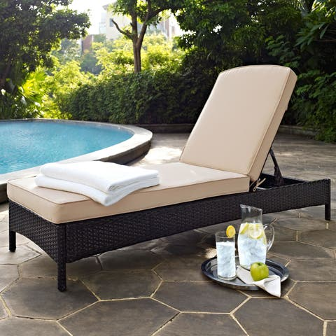 Palm Harbor Brown Wicker Outdoor Chaise Lounge - N/A