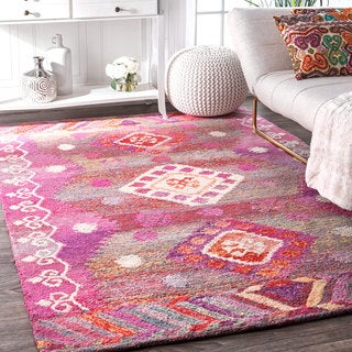 nuLOOM Handmade Bohemian Tribal Diamond Pink Rug (5' x 8')
