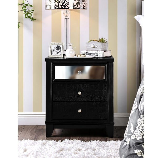Furniture of America Nazy Contemporary Solid Wood 3-drawer Nightstand