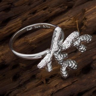 Handmade Sterling Silver 'Shining Coral' Ring (Mexico)