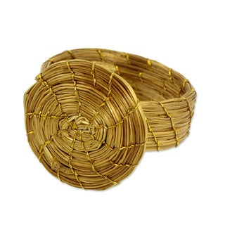 Handmade Golden Grass 'Sublime Nature' Ring (Brazil)