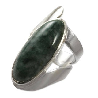 Handmade Sterling Silver 'Nature Immortal' Jade Ring (Guatemala)