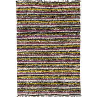 eCarpetGallery Black/Yellow Sari Silk Handwoven Kilim Rug (4'5 x 6'7)
