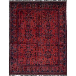 eCarpetGallery Finest Khal Mohammadi Red Wool Hand-Knotted Rug (4'11 x 6'3)
