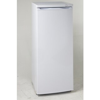 Avanti VF54Q0W 5.3 Cu Ft Upright Freezer White