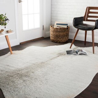 Faux Cowhide Silver Grey Area Rug - 5' x 6'6
