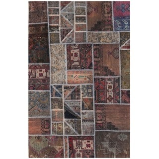 Herat Oriental Pak Persian Hand-knotted Patchwork Wool Rug (4'1 x 6')