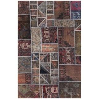 Handmade Patchwork Wool Rug (Pakistan) - 4'1 x 6'