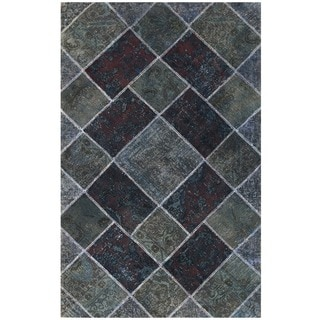 Herat Oriental Pak Persian Hand-knotted Patchwork Wool Rug (4'9 x 7'7)