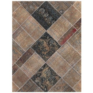 Herat Oriental Pak Persian Hand-knotted Patchwork Wool Rug (4'9 x 6'3)