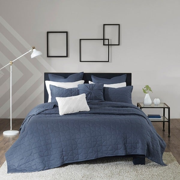 Urban Habitat Marley Blue 7-piece Jersey Quilted Coverlet Set with Cotton Filling