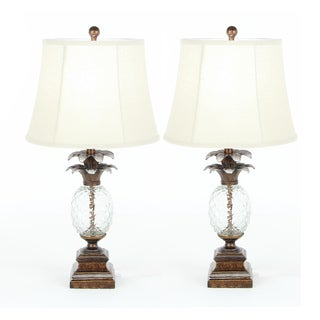 Urban Designs Glass Pineapple 29-inch Polystone Table Lamp (Set of 2)