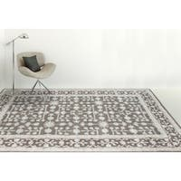 Hand-tufted Harmony Grey Wool Area Rug - 7'6 x 9'6