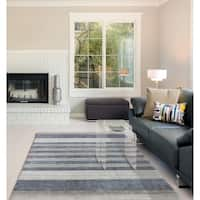 Hand-woven Berkley Grey Blended New Zealand Wool and Art Silk Area Rug - 8' x 10'