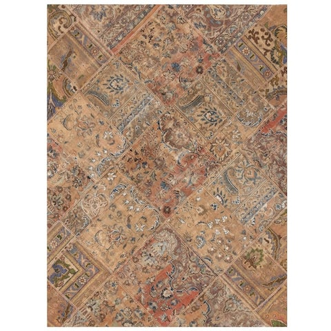 Handmade One-of-a-Kind Patchwork Wool Rug (Pakistan) - 4'9 x 6'5