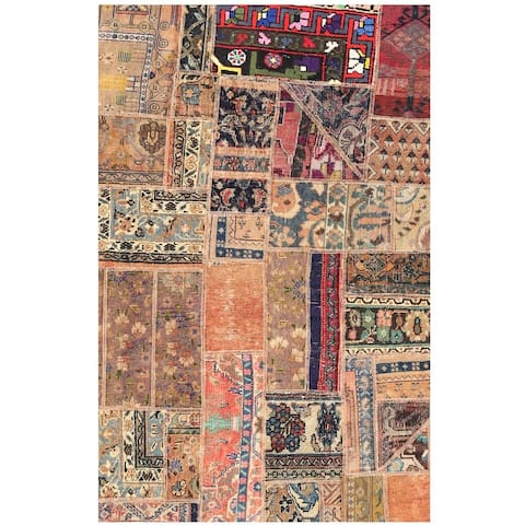 Handmade One-of-a-Kind Patchwork Wool Rug (Pakistan) - 3'8 x 5'9