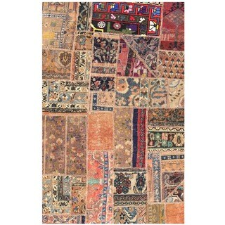 Herat Oriental Pak Persian Hand-knotted Patchwork Wool Rug (3'8 x 5'9)