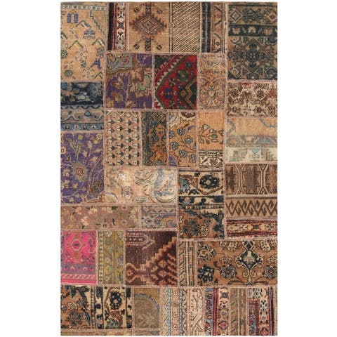 Handmade One-of-a-Kind Patchwork Wool Rug (Pakistan) - 3'9 x 5'11