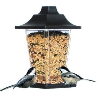 Perky Pet 1.5 Lb Capacity Carriage Bird Feeder