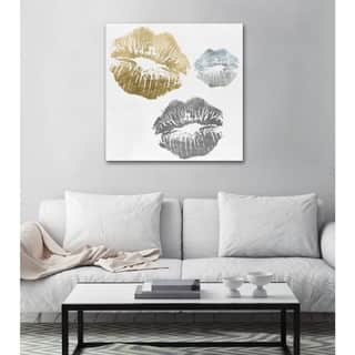 Oliver Gal 'Luxury Kiss' Fashion and Glam Wall Art Canvas Print - Gold, Gray