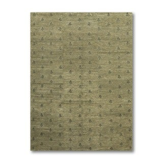 Authentic Tibetan Tone-on-tone Light Green Hand-knotted Wool Rug (6' x 9')