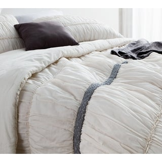 BYB Jet Stream Cotton Lace Textured Rouched Quilt