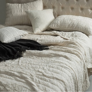 BYB Jet Stream Cotton Pure Textured Quilt Set