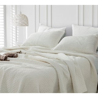 BYB Jet Stream Cotton Virtue Textured Quilt (Shams Not Included)