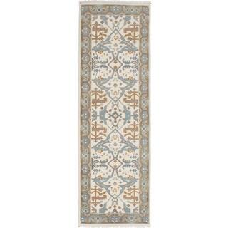 ecarpetgallery Hand-Knotted Royal Ushak Ivory Wool Rug (2'7 x 8'0 )
