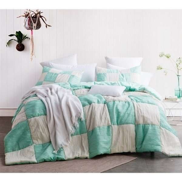 BYB Two Tone Jet Stream/Yucca Blended Textured Quilt Set - Multi