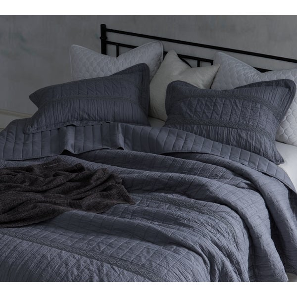 BYB Alloy Grey Summer Lace Textured Quilt Set