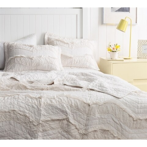 BYB Relaxin' Single Tone Jet Stream Chevron Ruffles Quilt Set