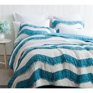 BYB Relaxin' Two Tone Jet Stream/Peacock Chevron Ruffles Quilt Set