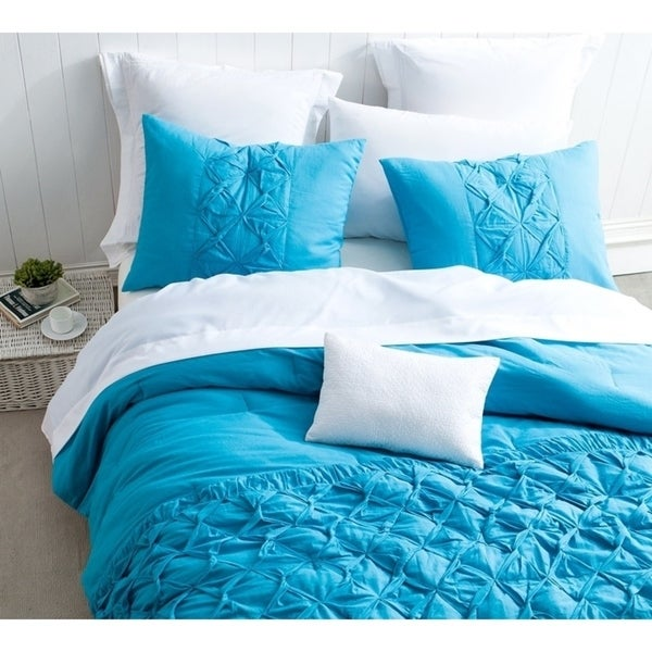 BYB Cadence Peacock Blue Textured Quilt Set