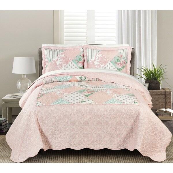 Blissful Living Julienne Soft Pink 3 Piece Luxury Ruffle Quilt Set