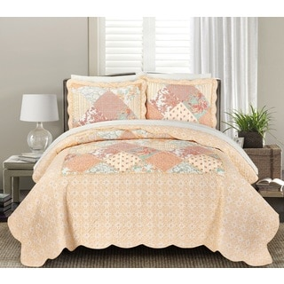 Blissful Living Julienne Coral 3-piece Luxury Ruffle Quilt Set