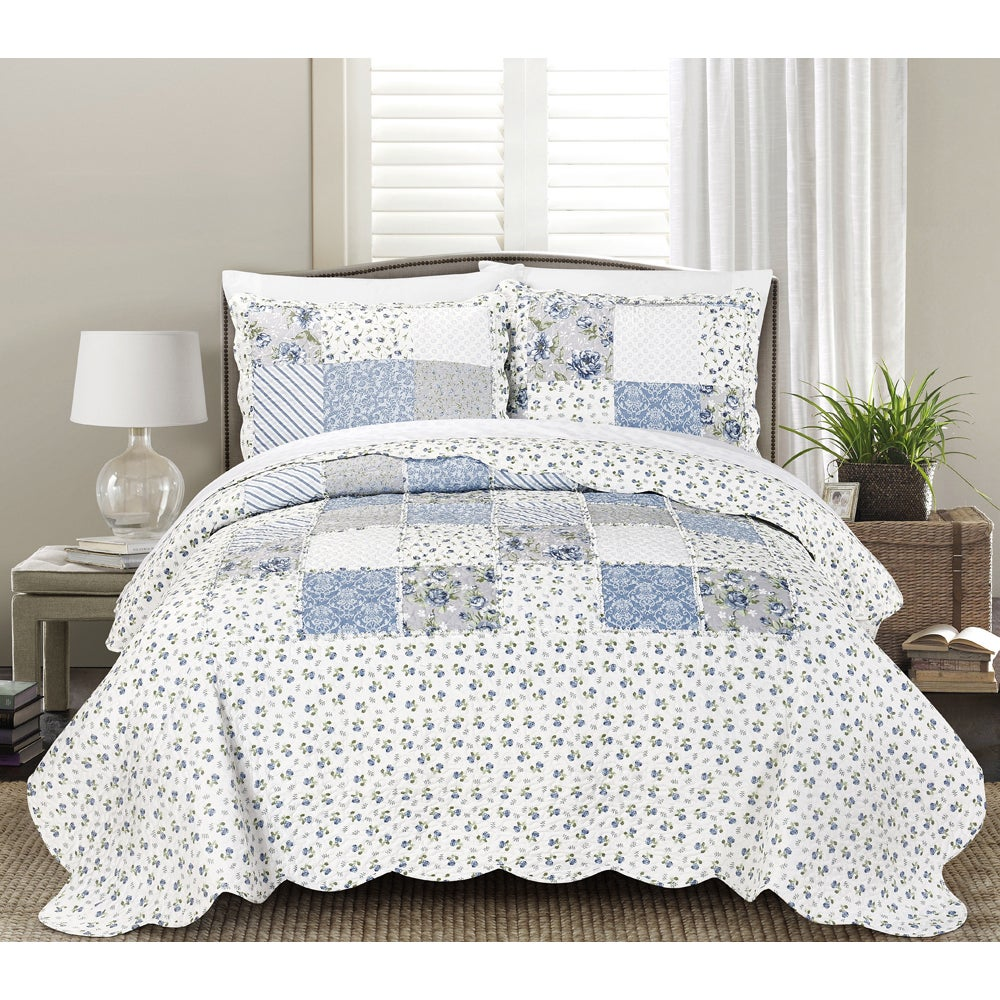 Blissful Living Beatrice Blue 3-Piece Luxury Ruffle Quilt Set